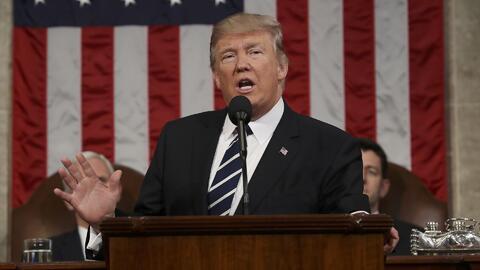 Trump quiere acabar con la inmigración poco cualificada para imponer un...