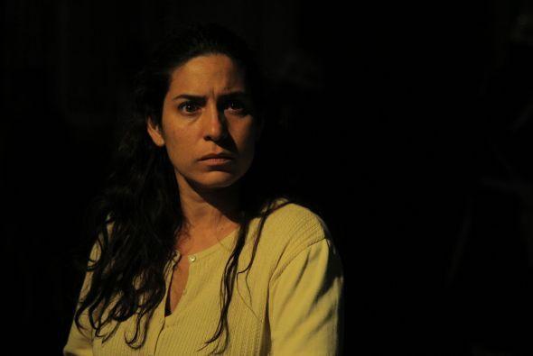 ANA - Tiaré Scanda Es la madre de Griselda, una mujer hermosa. Nunca viv...