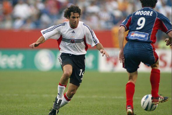 Año 2003: El United se llevó la victoria en tiempo de descuento. A los 9...
