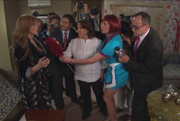 ¡Era Anita con todos los reporteros de espectáculos!