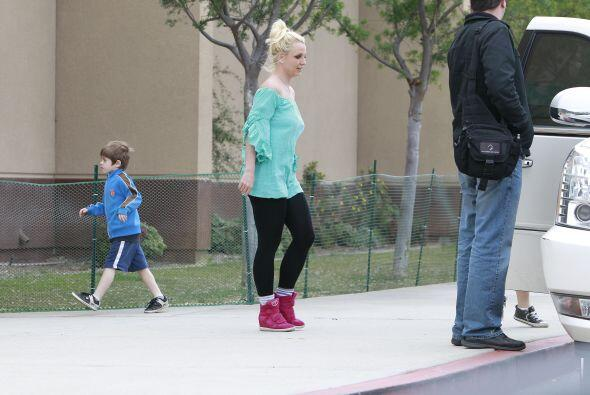 Pero su look o la emoción de sus pequeños no fue lo que ll...