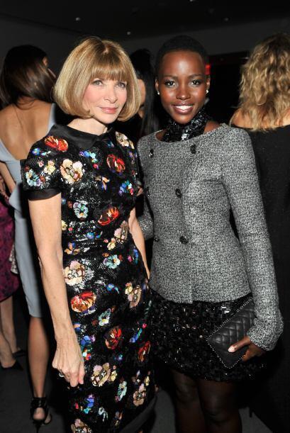 Lupita posando con la editora de Vogue, Anna Wintour. ¿Tendrá una portad...