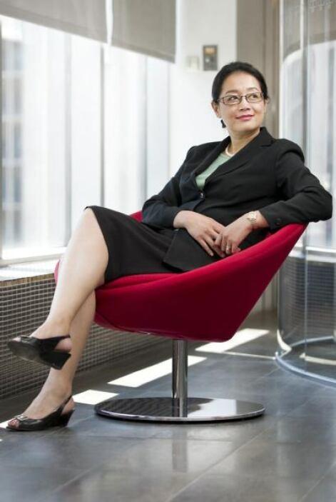 95.- JENNIFER LI: Es la ejecutiva de la segunda mayor empresa de China....