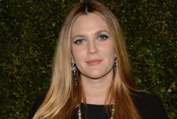 Drew Barrymore ha sufrido la muerte de su hermanastra Jessica.