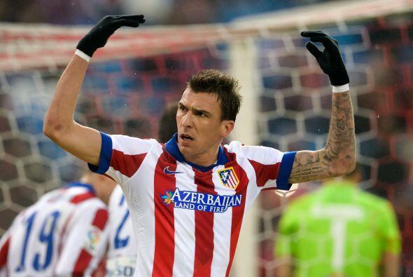El Atlético de Madrid logró sacar otros tres puntos en la lucha por el d...