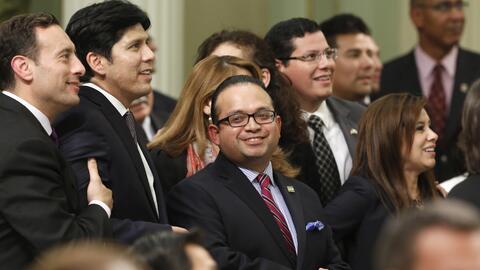 El asambleísta Luis Alejo (centro) y otros integrantes del bloque...