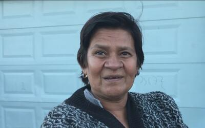 Madre hondureña huye de la violencia de su país y espera en Tijuana una...