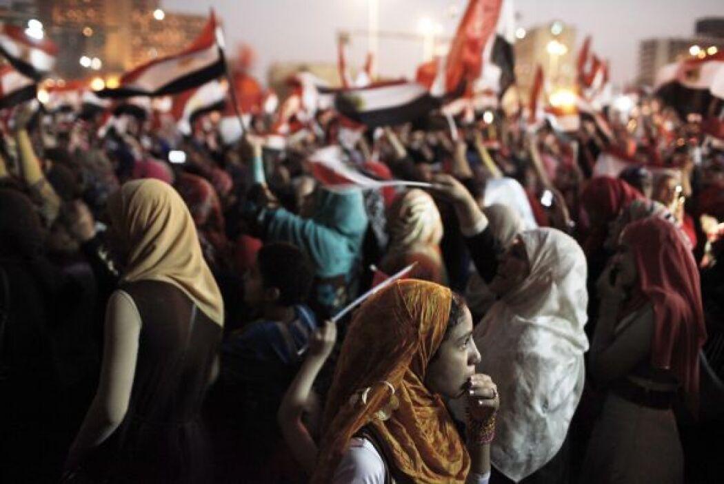 El 8 de febrero estallaron nuevos choques frente al palacio presidencial...