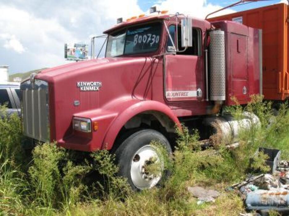 Lote de vehículos no aptos para circular confiscados en Chihuahua. (Foto...