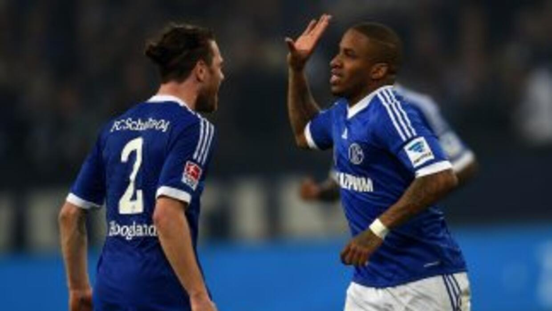 Jefferson Farfán sentenció el triunfo de Schalke en la trigésima jornada...
