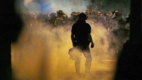 Charlotte vive violentos disturbios por segunda noche consecutiva