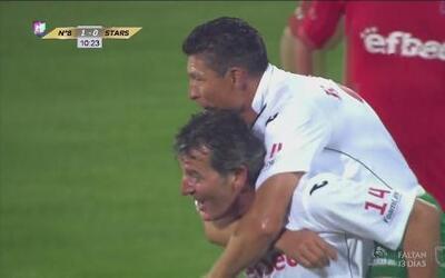 Krassimir Balakov cobra venganza por el mundial que falló en 1994 ante J...