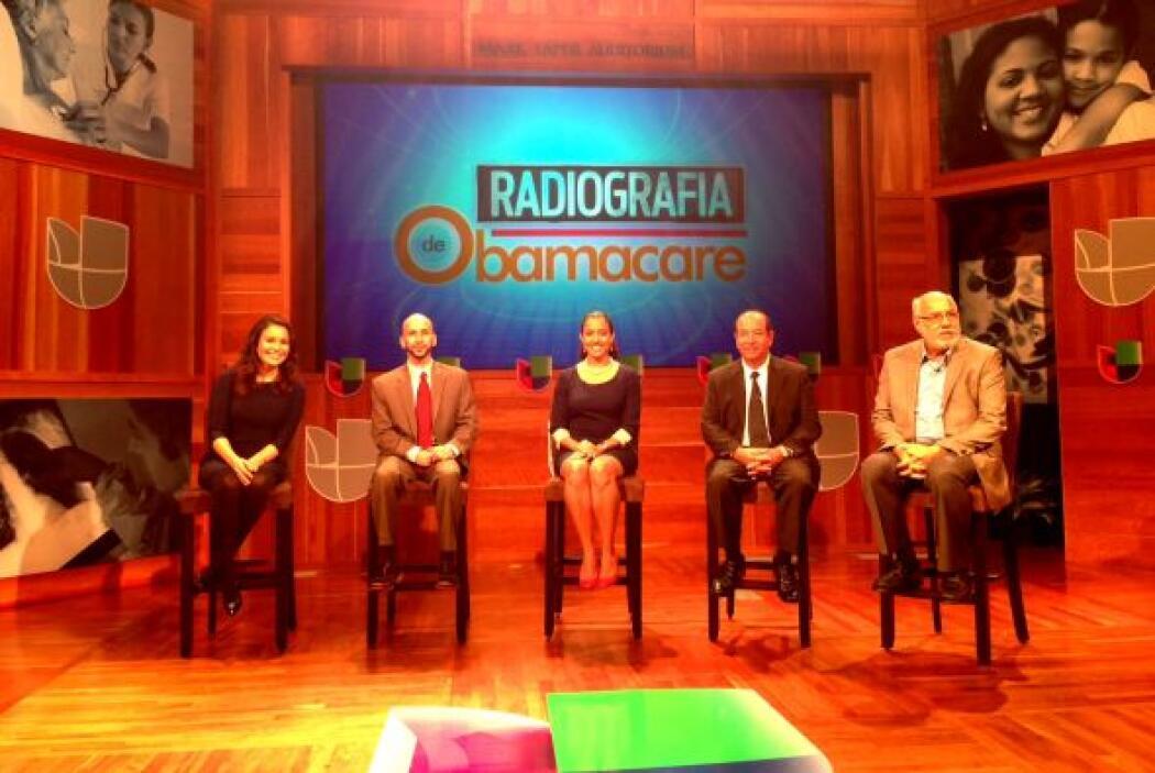 """El primer foro comunitario de Univision, """"Radiografía de Obamacare"""", fue..."""