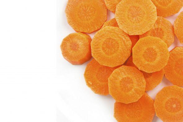 Pruébala con zanahorias o habas al vapor. Elige un platito grande...