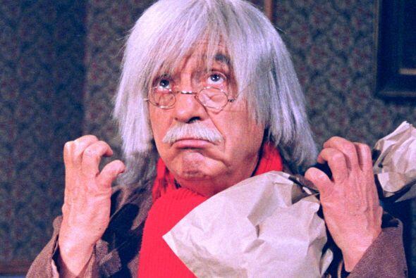 Se dice que el Dr. Chapatín guardaba en su bolsa de papel groser&...