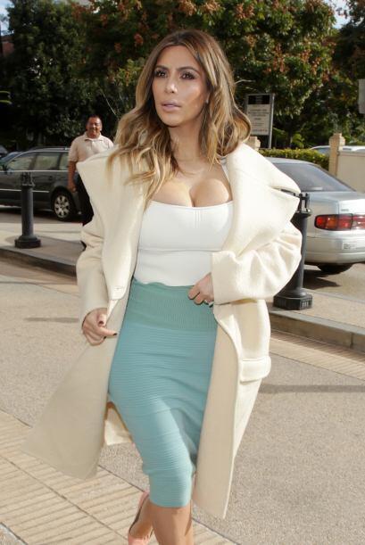 Kim Kardashian después de sorprendernos con haber perdido varias...