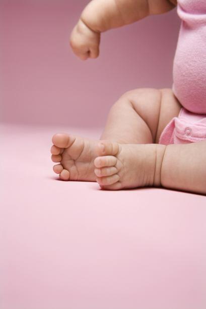 Primero está el pie plano flexible, el cual es el más común y se caracte...