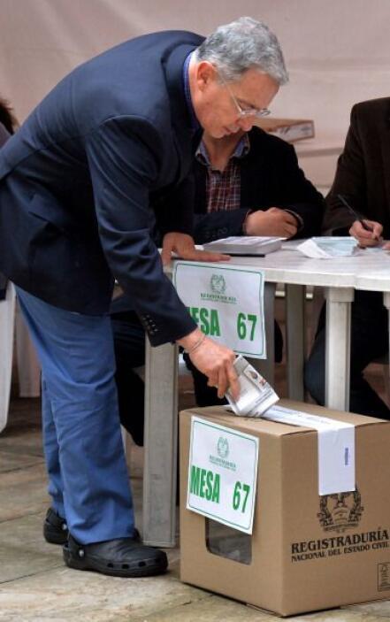 """""""He votado con alegría y con tristeza"""", dijo el exmandatario después de..."""
