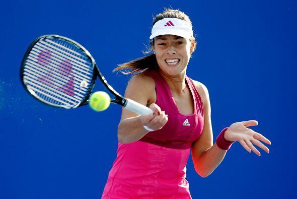 Poco a poco Ana va supreando los problemas y recuperando su mejor tenis.