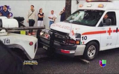 Ambulancia fue remolcada mientras atendía una emergencia y la víctima murió