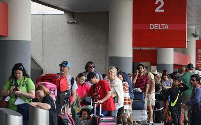 ¿Cuáles deberían ser las medidas de seguridad para evitar ataques aeropu...