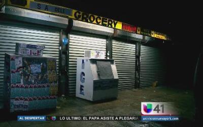 Apuñalan a tres hombres en una pelea en El Bronx