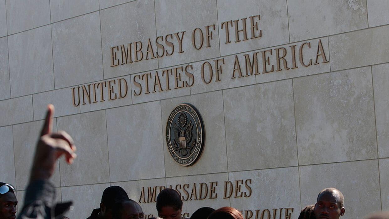 Resultado de imagen para Consulado de Estados Unidos en Haiti