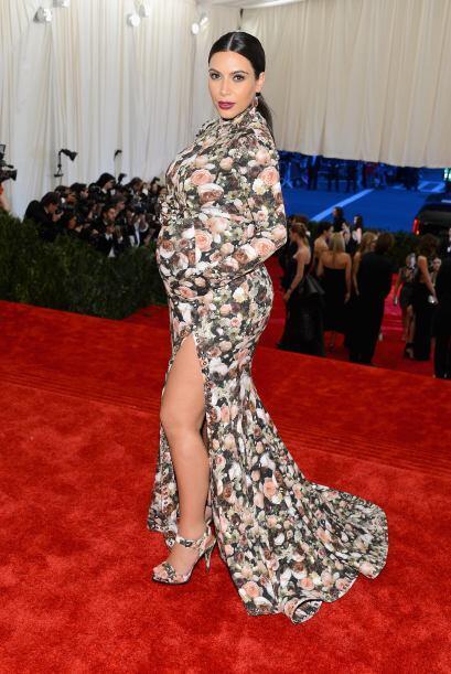 Uno de sus vestidos más criticados fue el que usó para la Met Gala 2013....
