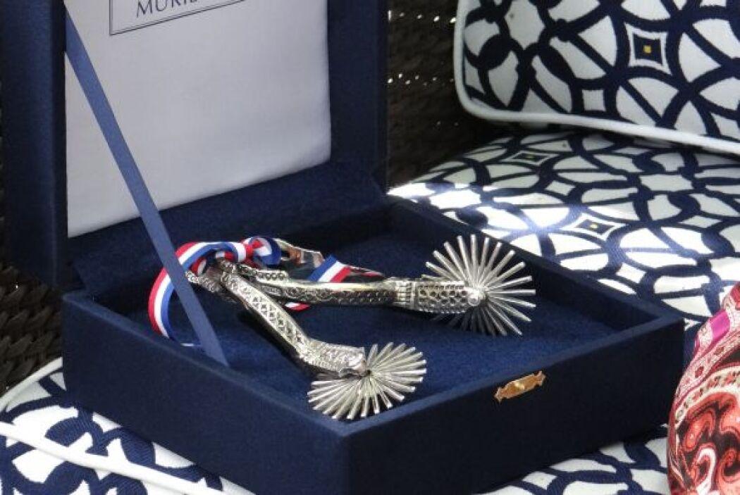 Estas espuelas fueron un regalo que Don Francisco le dio a 'Chente', pla...