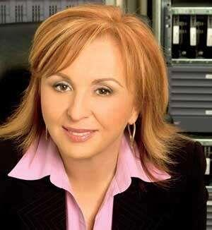 6. Blanca Treviño. La Presidenta y CEO de Sofftek hizo que, bajo...