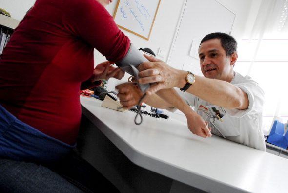 Consejos para combatir la diabetes gestacional: Controla con frecuencia...