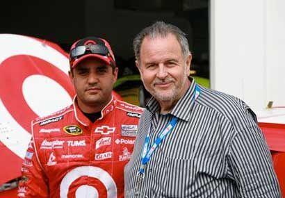 El Gordo de Molina, como fiel fanático de las carreras de autos d...