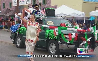 San Antonio festejó su herencia mexicana