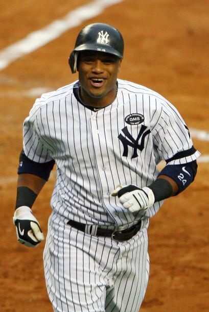 Robinson Canó, estrella de los Yankees de Nueva York, recibió por segund...