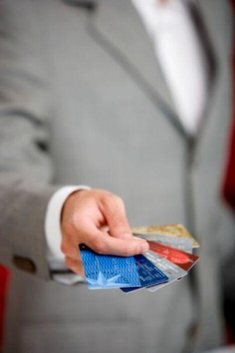Solución-  Hay buenas razones para pagar grandes compras con tarjeta de...