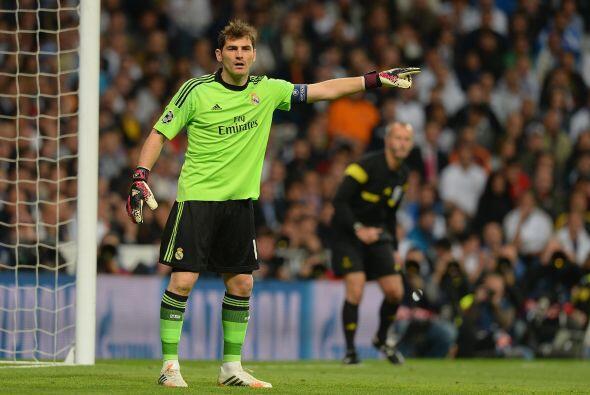 Casillas (7): No tuvo mucho trabajo. Hasta el minuto sesenta, cuando dis...