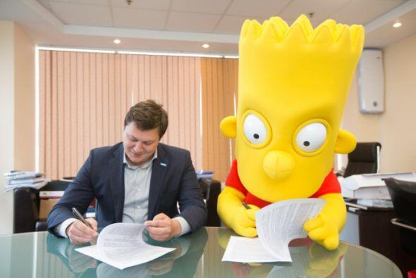 Aquí el momento en el que Bart Simpson firmó su contrato con el Zenit.