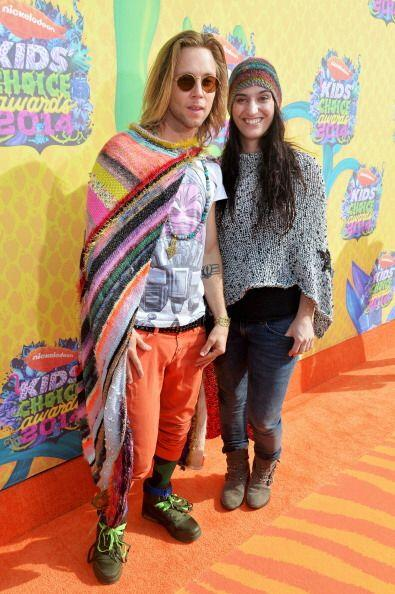 Dijimos que los Kids Choice Awards se prestaban para envolverse en prend...