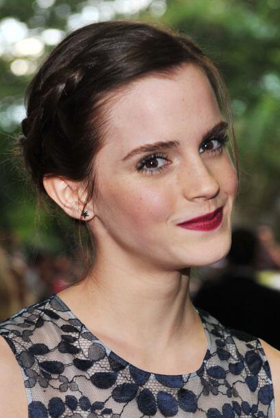 Una melena larga es sinónimo de variedad en peinados. Emma Watson...