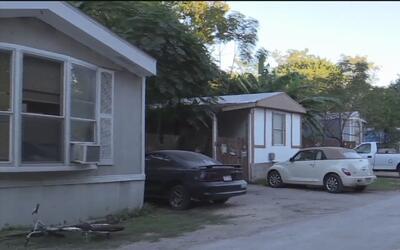 Más de 60 familias de la comunidad Oak Hollow deberán abandonar sus casa...