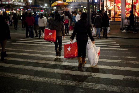 El presidente ejecutivo de la cadena de tiendas departamentales Macy's,...
