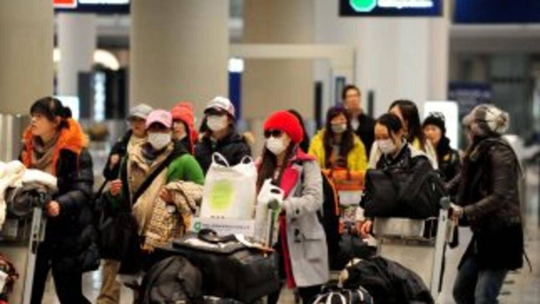 China fue el primer país en recomendar el martes la salida de sus ciudad...