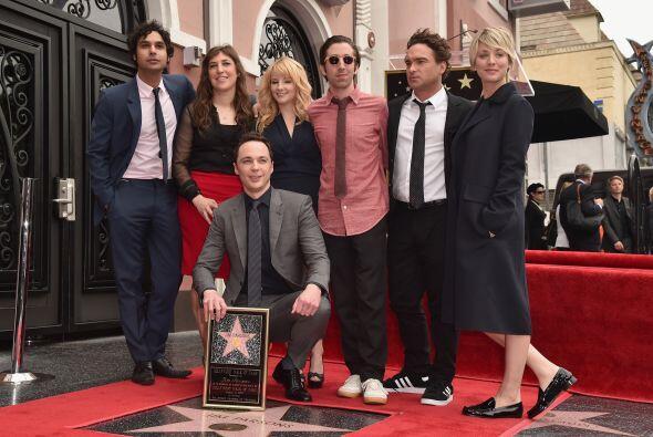 Y por supuesto, lo acompañó todo el elenco del show.
