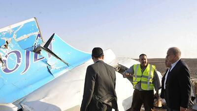 Aún no se descarta un ataque terrorista como causa de la tragedia aérea...