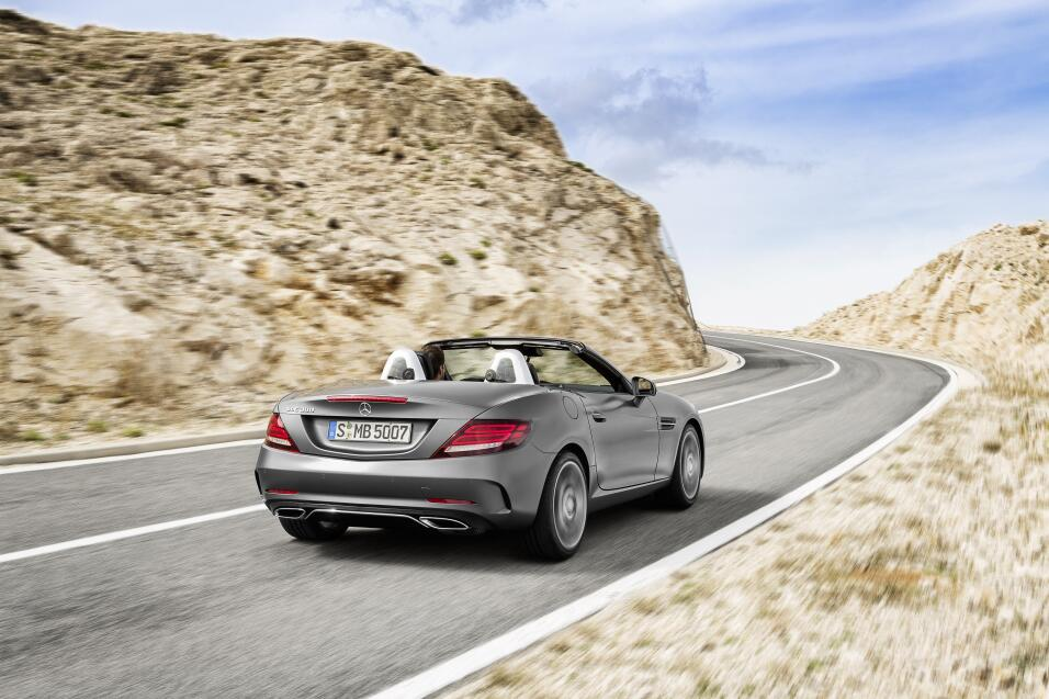 Mercedes-Benz SLC300 2017