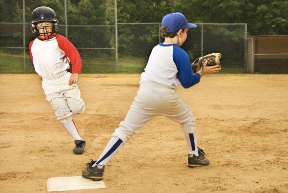 """¿Tu pequeño llora porque no lo eligieron para """"ese"""" partido de béisbol?..."""