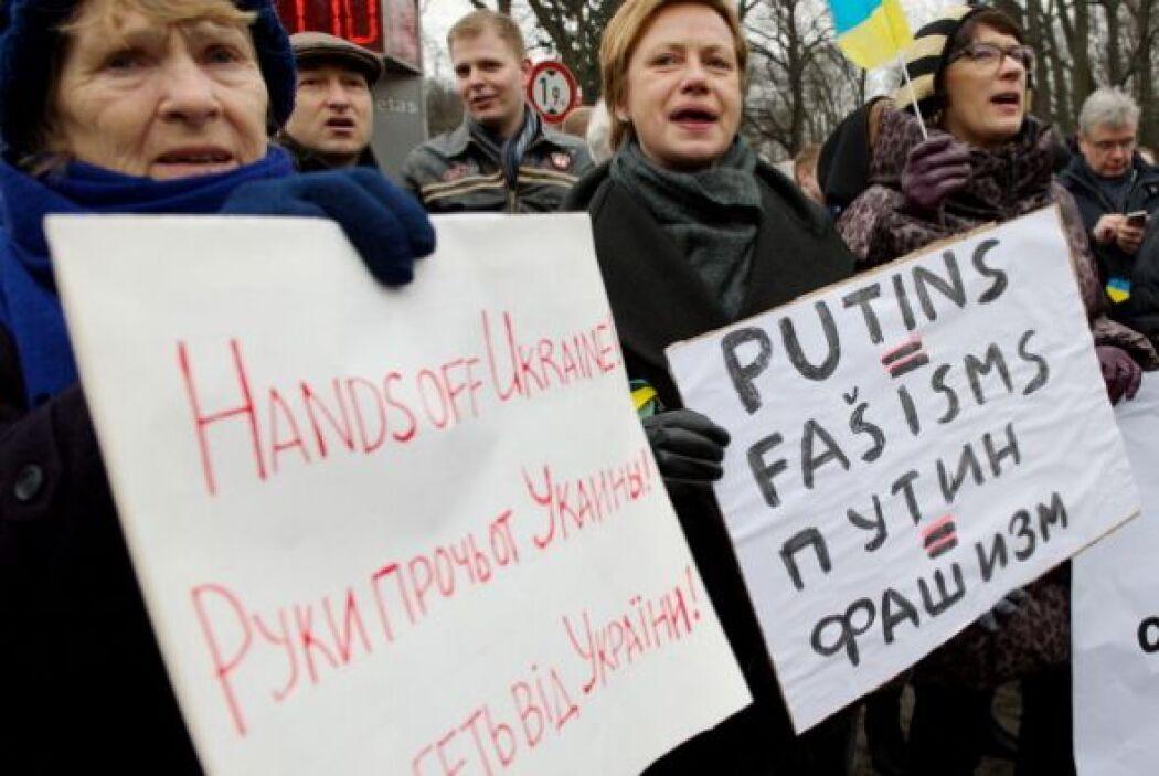 """""""Si Rusia quiere seguir siendo miembro del Grupo de los Ocho debe compor..."""
