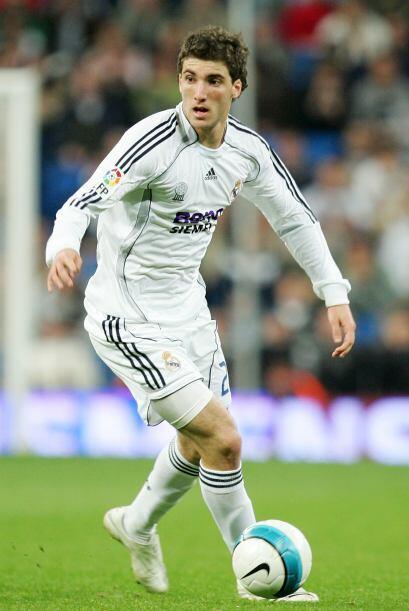 El tercer latinoamericano exitoso en el Real Madrid fue el argentino Gon...