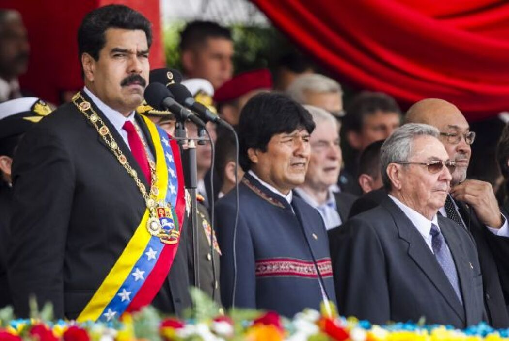 A este evento asistieron los jefes de Estado de Cuba, Raúl Castro; de Bo...