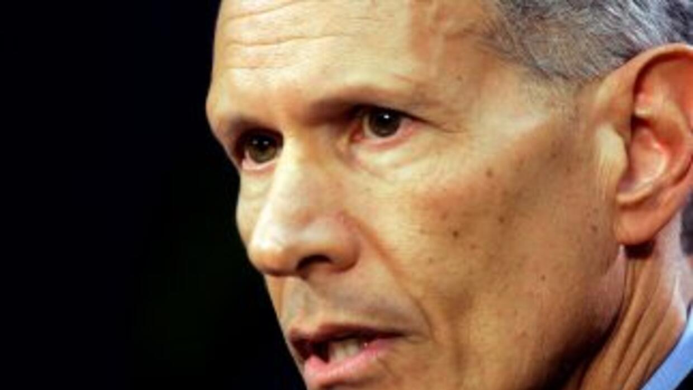 El alcalde Carlos Alvarez fue revocado de su cargo por votantes disgusta...